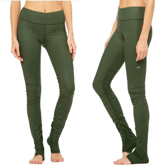 1b1e652a49 ALO Yoga Pants - Alo Yoga Idol Leggings - Hunter Glossy